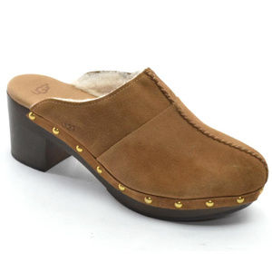 UGG Kassi Shearling Lined Studded Clogs size 8
